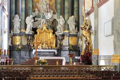 Inre av Jasna Gora Pauline Order Monastery och fristaden i Czestochowa, Polen Arkivfoton