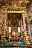 Inre av kyrkan av St Mary Major, Santa Maria Maggiore är full av konstverk royaltyfria bilder