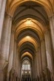 Inre av kyrkan, Batalha dominikansk medeltida kloster, Portug arkivbild