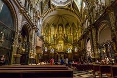 Inre av kyrkan av Montserrat Arkivfoto