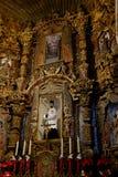 Inre av kyrkliga kapellklosterbrodersymboler Arkivfoton