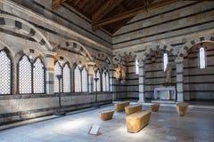 Inre av kyrkliga Santa Maria della Spina i Pisa, Italien Royaltyfri Bild