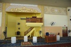 Inre av Masjid Universiti Putra Malaysia på Serdang, Selangor, Malaysia Fotografering för Bildbyråer