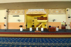 Inre av Masjid Universiti Putra Malaysia på Serdang, Selangor, Malaysia Arkivbild