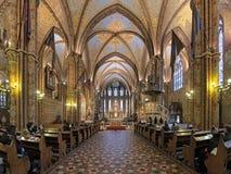 Inre av Matthias Church i Budapest, Ungern Fotografering för Bildbyråer