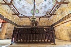 Inre av mausoleet av al-SalihNagm Annons-buller Ayyub i 1242-44, Al Muizz Street, gammal Kairo, Egypten Royaltyfria Foton