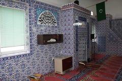 Inre av moskén royaltyfria bilder
