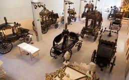 Inre av Museu de Carrosses Funebres i Barcelona Arkivbilder