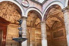 Inre av Palazzo Vecchio, Florence, Italien Arkivbilder