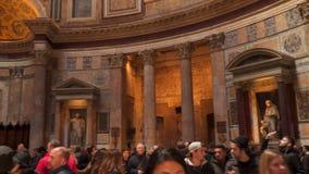 Inre av panteon i Rome Italien arkivfilmer