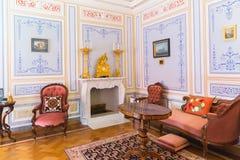 Inre av paviljongen för Olga ` s i Peterhof på öar, St Petersbu Royaltyfria Bilder