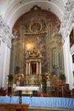 Inre av San Ildefonso Church eller jesuit kyrkliga Iglesia de San Idelfonso, Toledo, Spanien grey för closen för Cherryet för fjä Royaltyfria Bilder