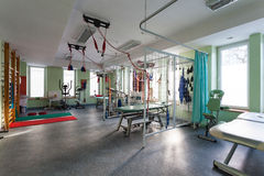 Inre av sjukgymnastikkliniken Royaltyfria Foton