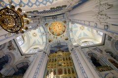 Inre av uppståndelsedomkyrkan i nya Jerusalem mona Arkivbild