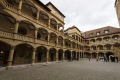 Inre borggård av det 10th århundradet för gammal slott Royaltyfri Fotografi