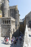 Inre borggård på Mont Saint Michel Abbey, Frankrike Arkivbilder
