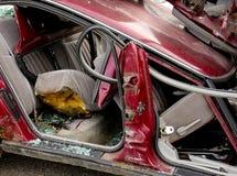Inre brutet exponeringsglas för bilolycka Arkivfoto