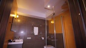 Inre bubbelpool för lyxig lägenhet, Hamam, SPA stock video