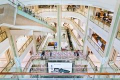Inre Chaoyang storslagna Joy City Shopping Mall, Peking, Kina Royaltyfri Bild