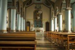 Inre del av en kyrka i Capità ³lio Royaltyfria Foton
