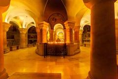 Inre för Dormition abbotsklosterkyrka gammal town jerusalem israel royaltyfria bilder