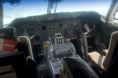 Inre för flygplancockpit Arkivbild