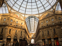 Inre för GalleriaVittorio Emanuele galleri Royaltyfri Fotografi
