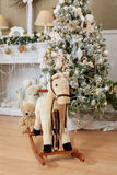 Inre för härlig jul och för nytt år Arkivfoton