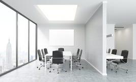 Inre för konferensrum med whiteboard Royaltyfria Bilder