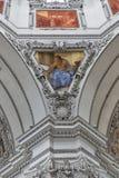 Inre för Salzburg Dom-domkyrka, Österrike arkivfoton