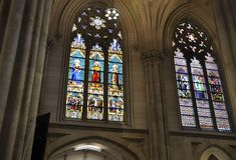 Inre för St Patrick Cathedral från midtownen Manhattan i New York City i Förenta staterna arkivfoton