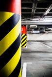 Inre för tunnelbana för parkeringsgarage Royaltyfria Foton