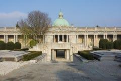 Inre gammal kyrkogård i bolognaen Royaltyfria Bilder