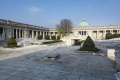 Inre gammal kyrkogård i bolognaen Arkivbilder