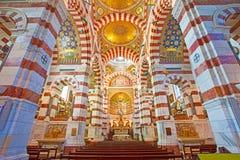 Inre i den katolska basilikan Notre Dame De La Garde arkivfoto