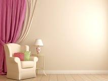 Fåtölj vid de rosa gardinerna Royaltyfri Foto