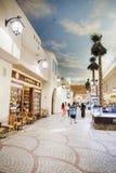 Inre IBN Battuta Mall lager Varje korridor dekoreras i set Royaltyfria Foton