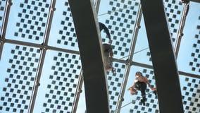 Inre jordklotbyggnad för Glass bro arkivfilmer