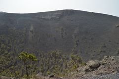 Inre krater av den San Antonio Volcano On The Island Of laen Palma In The Canary Islands Lopp natur, ferier, geologi royaltyfria bilder