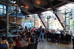 Inre kretsa restaurang FoodLoop Royaltyfri Bild