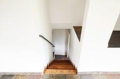 Inre lantligt hus, trappa Arkivfoton