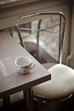 inre ljus romantiker för cafe Royaltyfria Bilder