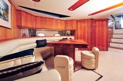 inre lyxig yacht arkivbilder