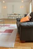 inre lyxigt modernt för lägenhet Royaltyfri Fotografi
