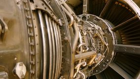 Inre maskineri av en jetmotor stock video