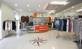inre moderna shoppar Fotografering för Bildbyråer