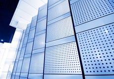 inre moderna väggar för byggnader Arkivbilder
