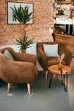 inre modernt för cafe royaltyfria foton