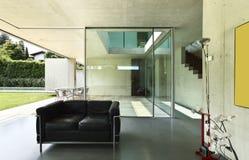 inre modernt för hus Arkivbild