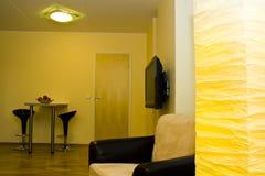 inre modernt för lägenhet arkivbild